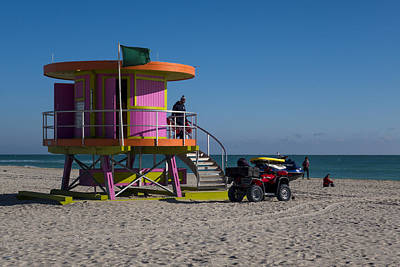 Photograph - Miami Beach Round Lifeguard House Ocean Rescue by Toby McGuire