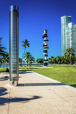 Photograph - Miami Beach Series 4497 by Carlos Diaz