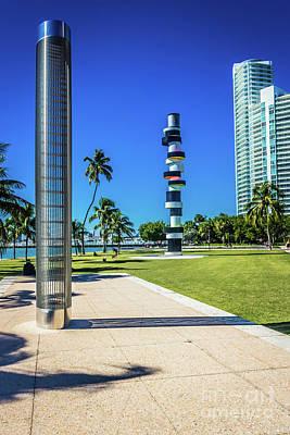 Photograph - Miami Beach Series 4497 by Carlos Diaz