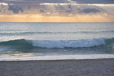 Photograph - Miami Beach Sunrise Wave by Toby McGuire
