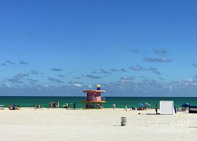 Photograph - Miami Beach by Suzanne Lorenz