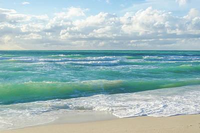Granger - Miami ocean by Elena Chukhlebova