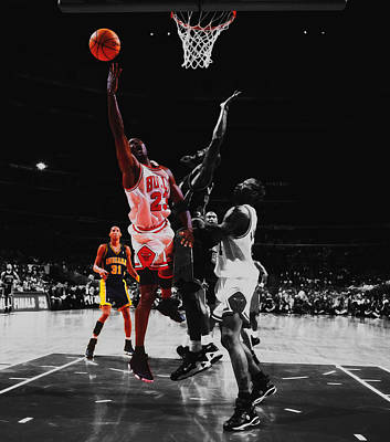 Dennis Miller Wall Art - Mixed Media - Michael Jordan Smooth Delivery by Brian Reaves