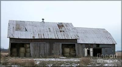 Photograph - Michigan Barn by Kathie Chicoine