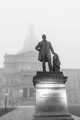 Photograph - Michigan Capitol Foggy Morning 1 by John McGraw