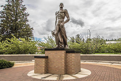 Photograph - Michigan State - The Spartan Statue by John McGraw