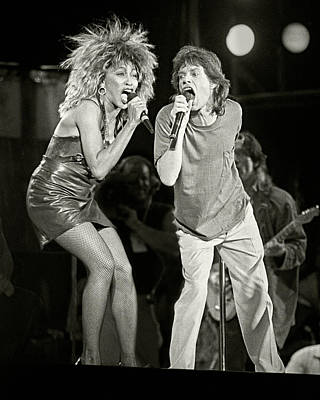 Mick And Tina At Live Aid 1985 Art Print by Chuck Spang