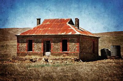 Photograph - Mid-north Farmhouse by Wayne Sherriff