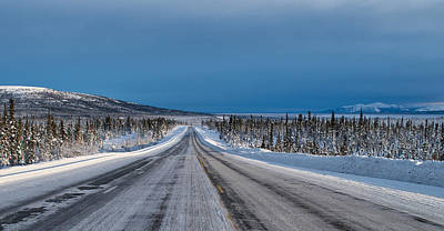 Photograph - Middle Of The Road - Glenn Highway by Cathy Mahnke