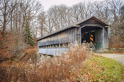 Photograph - Middle Rd Covered Bridge  by Jack R Perry