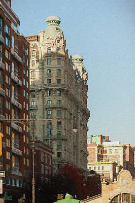 Painting - Midtown Manhattan Apartments by Thomas Logan