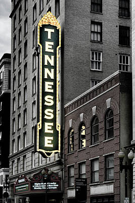 Photograph - Mighty Tennessee by Sharon Popek