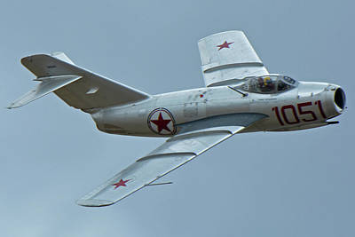 Print featuring the photograph Mikoyan-gurevich Mig-15 Nx87cn Chino California April 30 2016 by Brian Lockett