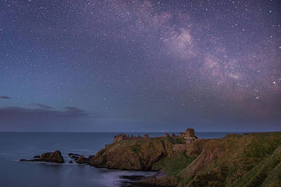 Photograph - Milkyway Over Dunnottar Castle by Veli Bariskan
