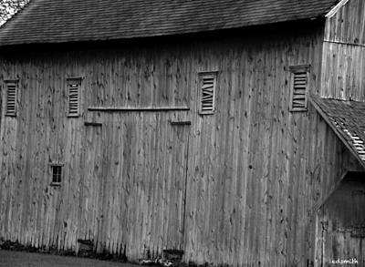 Photograph - Millburn Barn by Ed Smith