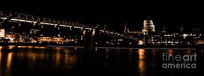 Millennium Bridge 098 Original