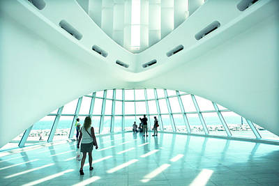 Photograph - Milwaukee Art Museum Interior by Marilyn Hunt
