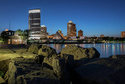 Photograph - Milwaukee At The Lake by James Meyer