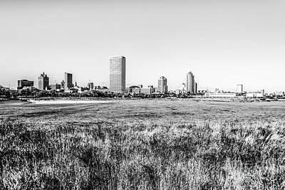Milwaukee Skyline Black And White Picture Art Print