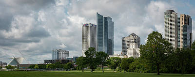 Photograph - Milwaukee Skyline From Veterans Park 3 by James Meyer
