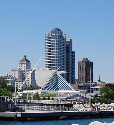 Photograph - Milwaukee, Wi Shoreline by Ramona Whiteaker