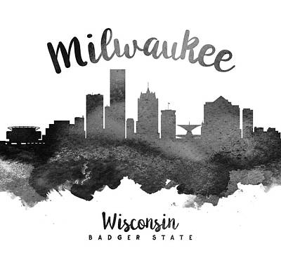 Milwaukee Painting - Milwaukee Wisconsin Skyline 18 by Aged Pixel