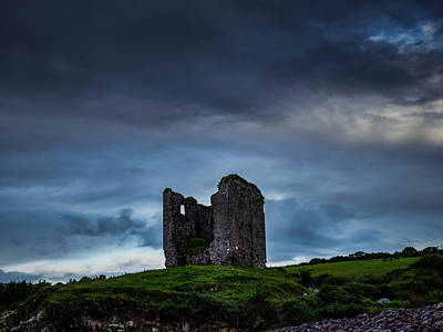 Photograph - Minard Castle #g0 by Leif Sohlman
