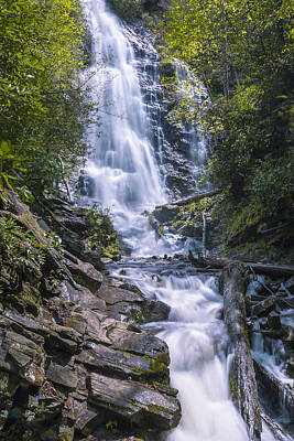 Photograph - Mingo Falls by Jack R Perry