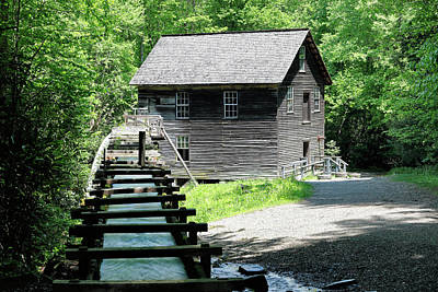 Photograph - Mingus Mill by Nicholas Blackwell