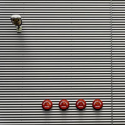 Minimalism Photograph - Minimax Quattro Light by Stefan Krebs