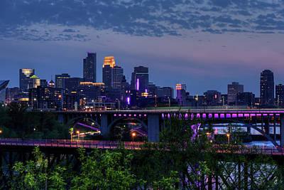 University Of Minnesota Wall Art - Photograph - Minneapolis In Purple 1 by Bill Pohlmann