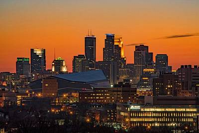 Minneapolis Skyline Glow Art Print by Doug Wallick
