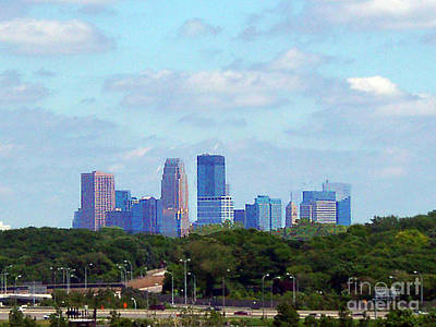 Photograph - Minneapolis Skyline by Merton Allen
