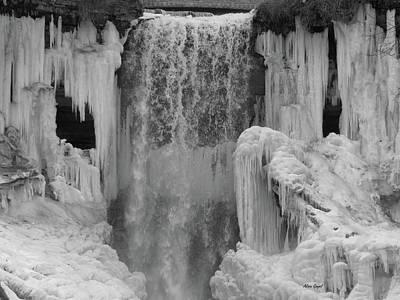 Minnehaha Falls Photograph - Minnehaha Falls Thaw by Alison Gimpel