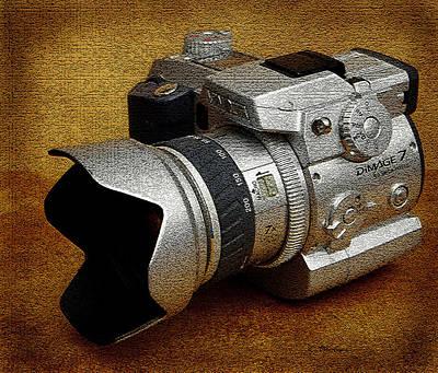 Photograph - Minolta Dimage 7 by James C Thomas