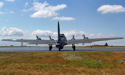 B-17 Wall Art - Photograph - Mission 25 by Peter Chilelli