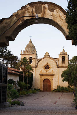 Photograph - Mission Carmel And Arch by Renee Hong