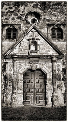 Mission Concepcion - Bw Toned Border Art Print by Stephen Stookey