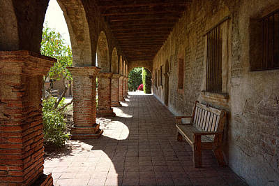 Photograph - Mission San Juan Capistrano - Arcade by Glenn McCarthy Art and Photography