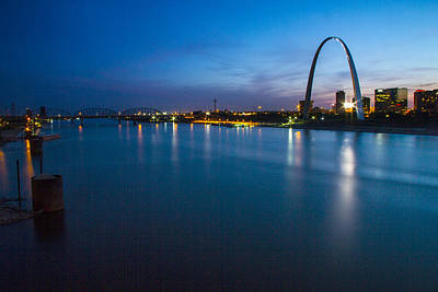 Photograph - Mississippi River And St Louis Skyine by Garry McMichael