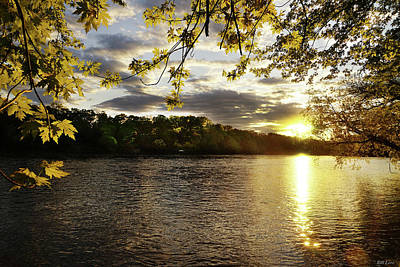 Photograph - Mississippi River Dusk by Bill Lere