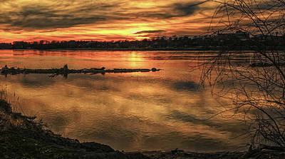 Photograph - Missouri River Sunset St Charles Mo Dsc09676 by Greg Kluempers