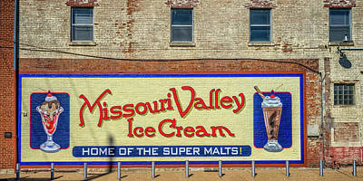 Photograph - Missouri Valley Ice Cream Hermann Mo_dsc3943 by Greg Kluempers