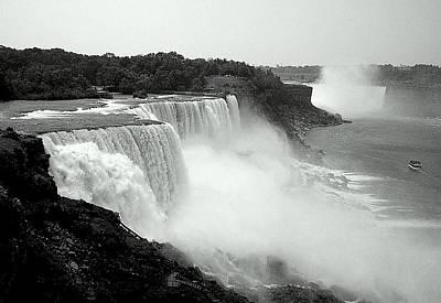 Mistical Niagara Falls Art Print by Lori Seaman