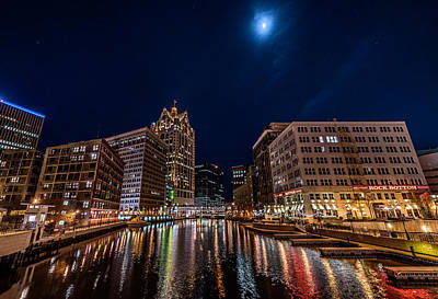 Mke Moon Art Print by Randy Scherkenbach