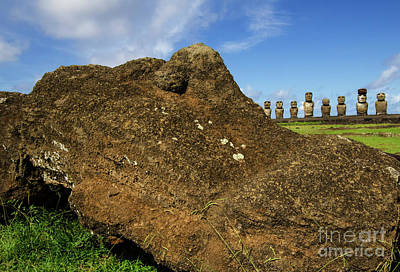 Photograph - Moai Rapa Nui 4 by Bob Christopher