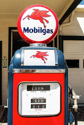 Photograph - Mobilgas 082916 by Rospotte Photography
