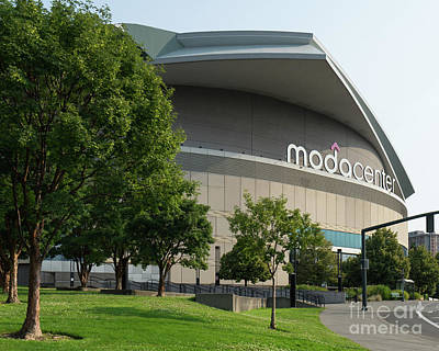 Photograph - Moda Center Portland Trail Blazers Basketball Arena Portland Oregon Dsc6420 by Wingsdomain Art and Photography