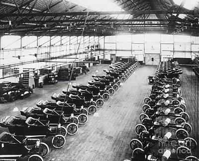 1914 Photograph - Model T Ford Factory by English School
