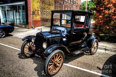 Photograph - Model T Ford by Paul Mashburn
